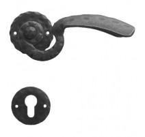 Kovaná klika ke dveřím model 511