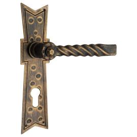 Kovaná klika na dveře model 526