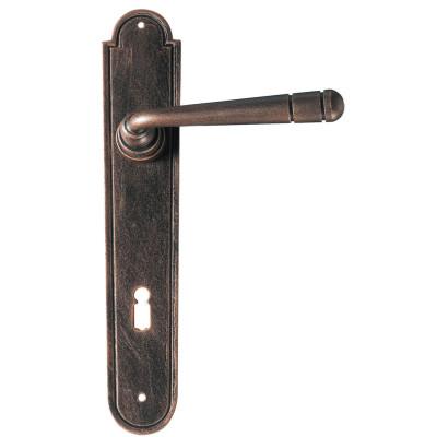 Kovaná klika na dveře model 2109