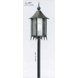 Venkovní kovaná stojací lampa model 3077