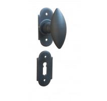 Kovaná klika ke dveřím model 1847