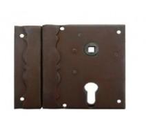 Kovaný dekorativní zámek na dveře/vrata/bránu model 5820