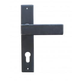 Kovaná klika na dveře model 1820