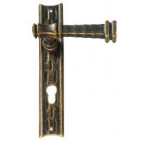 Kovaná klika na dveře model 2220