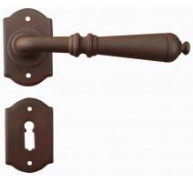 Kovaná klika model 2701