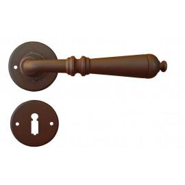 Kovaná klika ke dveřím model 2699