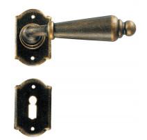 Kovaná klika model 2401